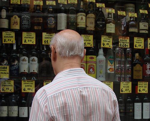 Une nouvelle molécule pourrait être efficace contre l'alcoolisme