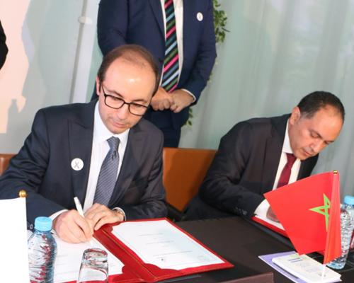 Le ministère de la Santé et Sanofi-Aventis-Maroc signent un PPP* pour améliorer la prise en charge des maladies rares