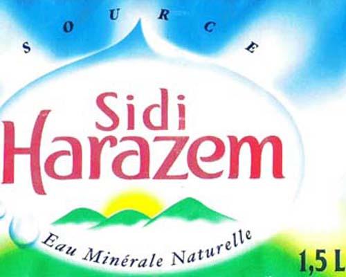 «Non-conformité» des bouteilles d'eau Sidi Harazem: la réponse du producteur